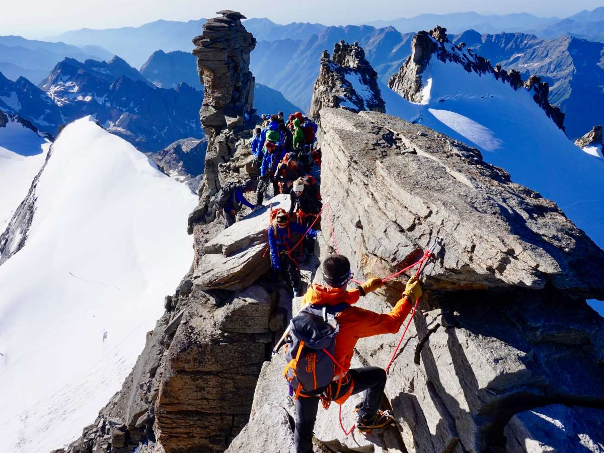 Climbers near the top of Gran Paradiso