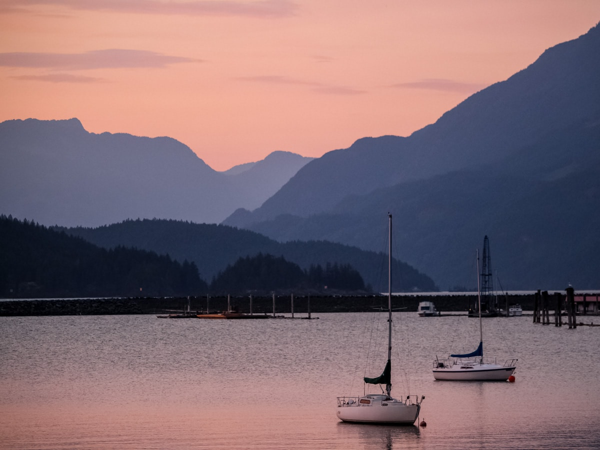 View from Harrison hot springs sailboats on Pacific ocean
