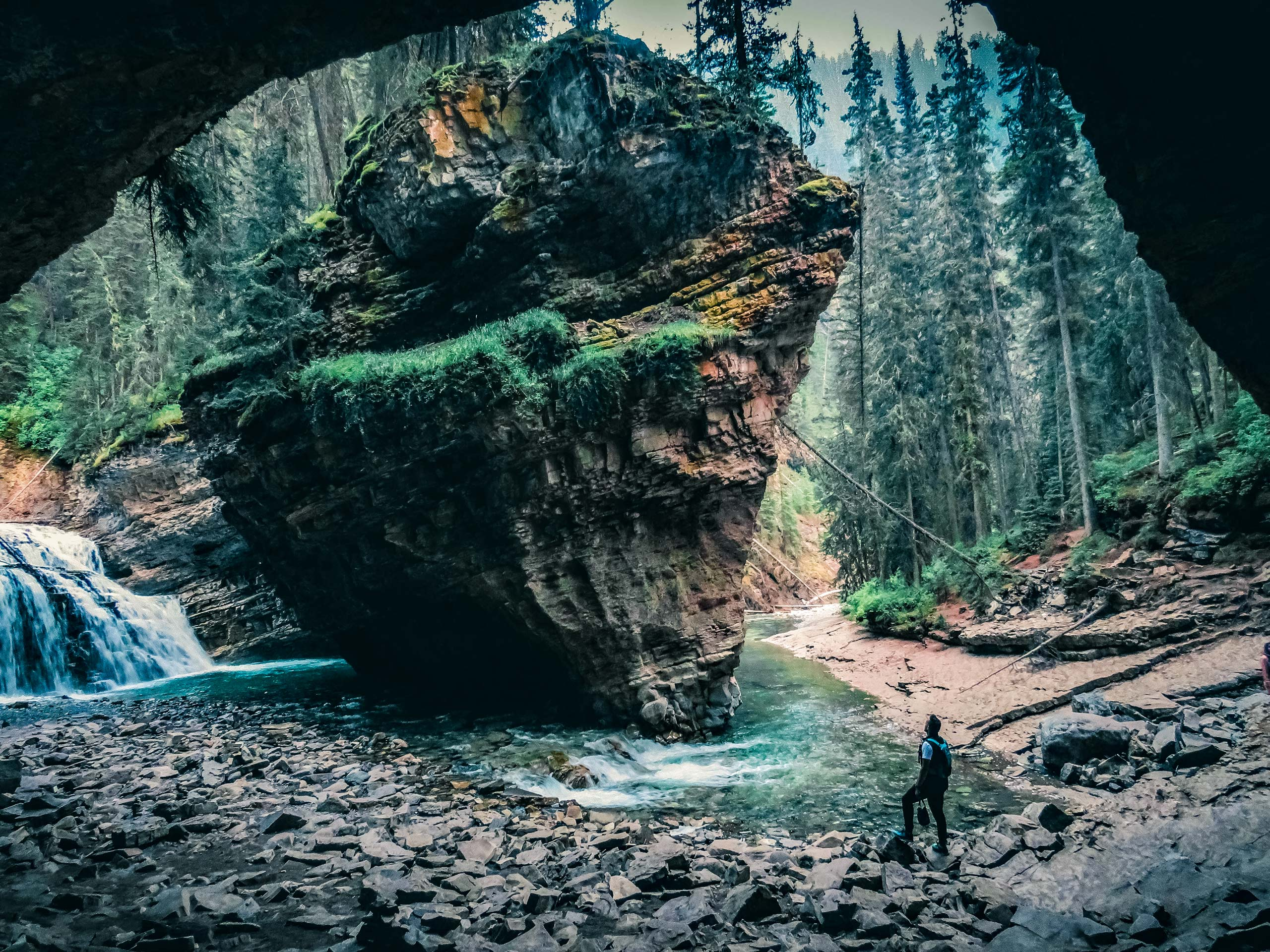 Hiking Johnston Cayon to Ink Pots waterfalls rock formations caves Banff National Park