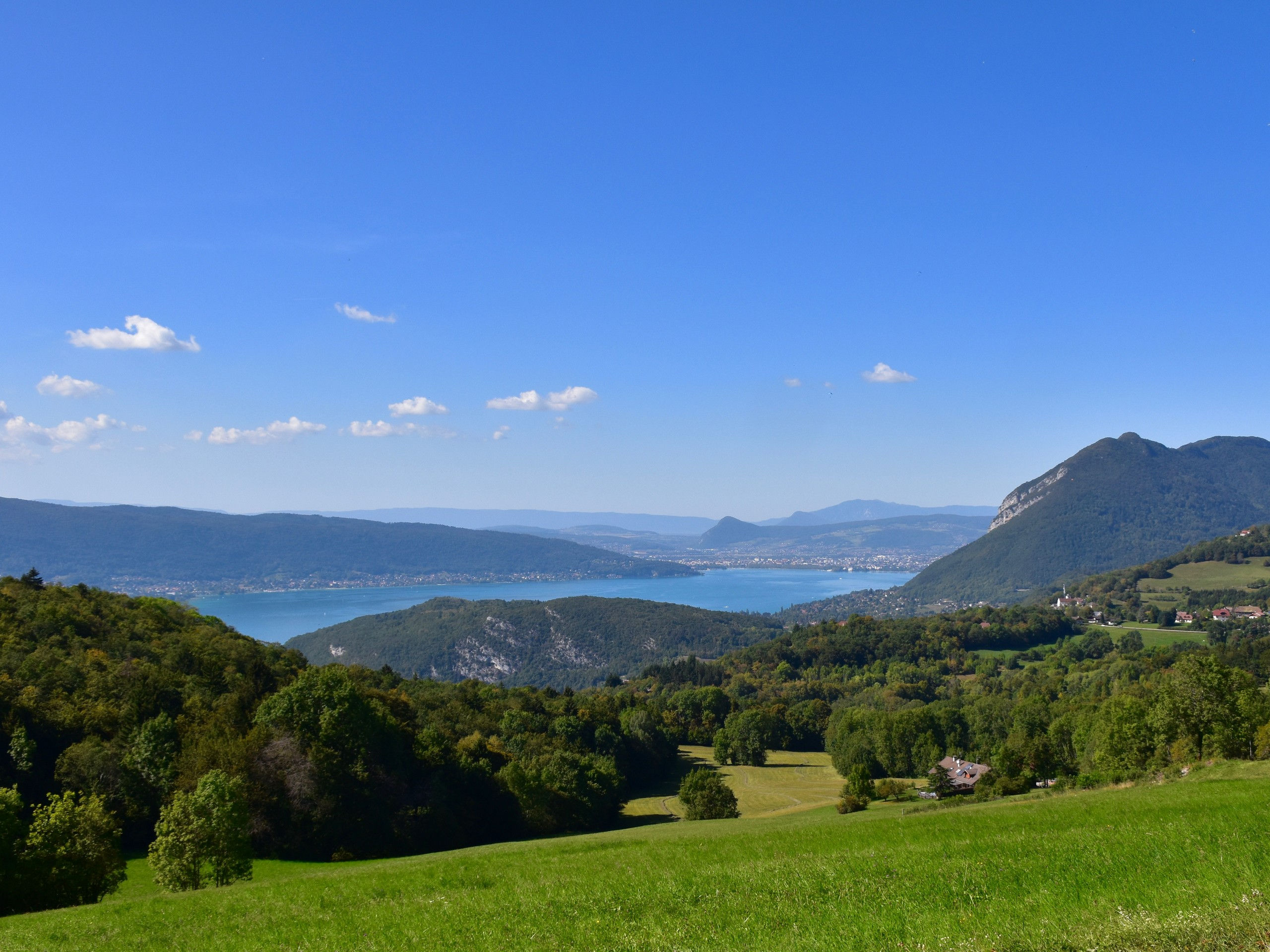 Observing the Lake Annecy views in France