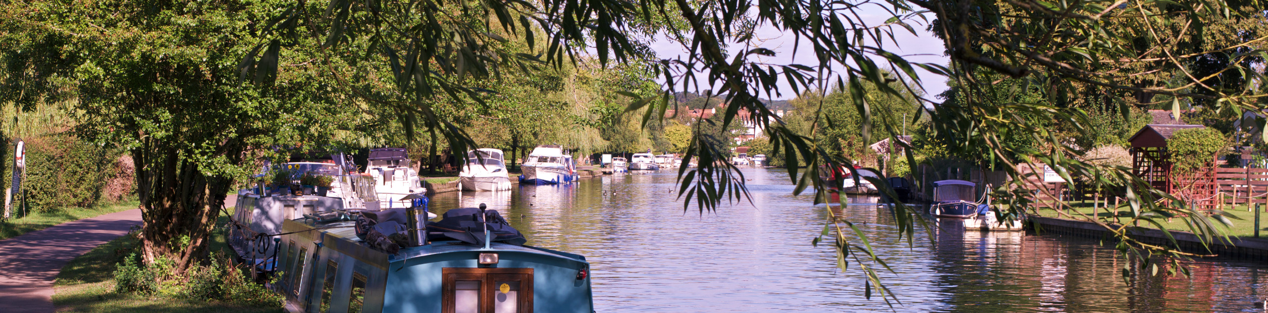 Henley-on-Thames and Aston Walk