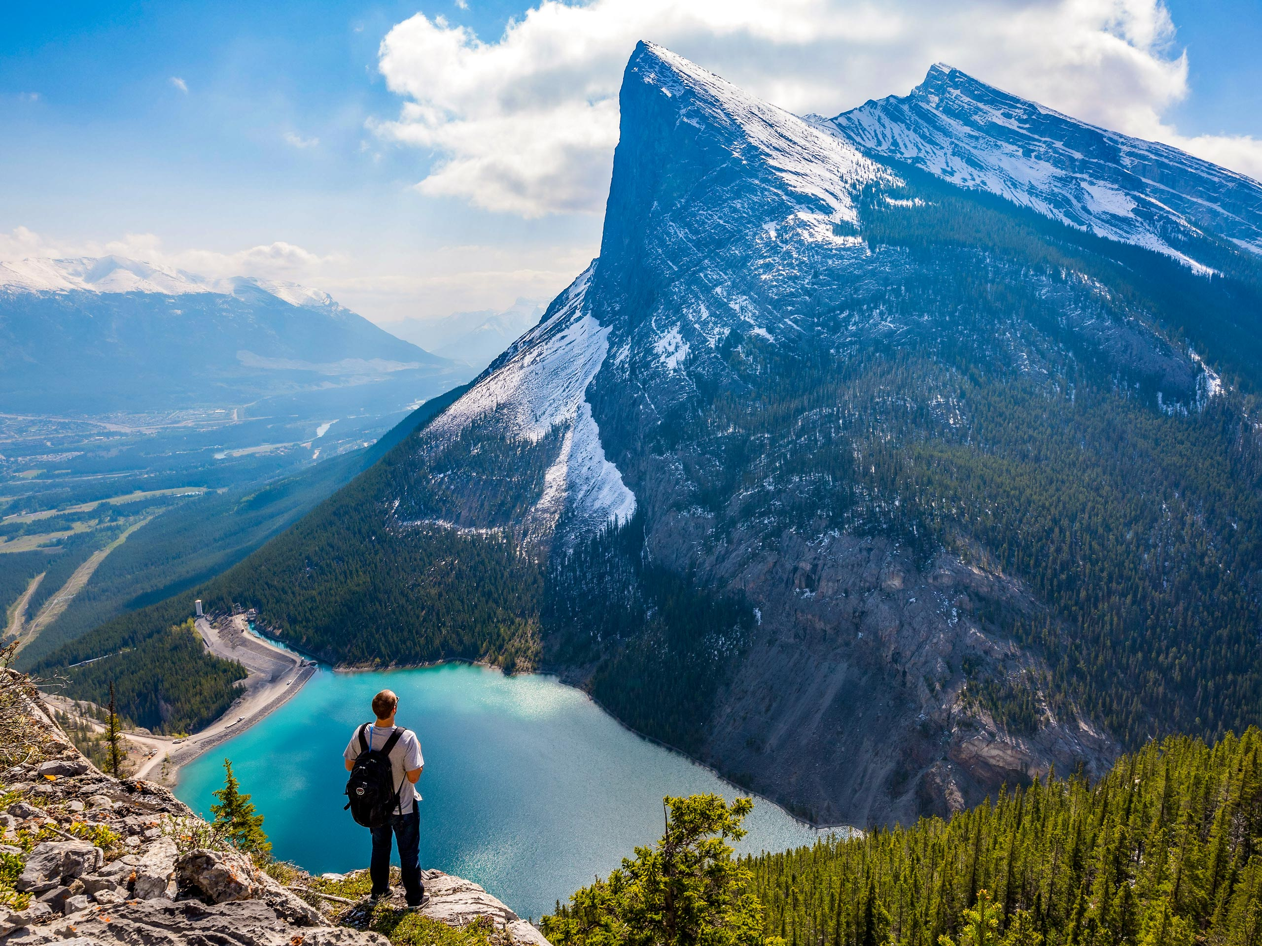 Hiking EEOR in Banff Canmore Alberta Canada